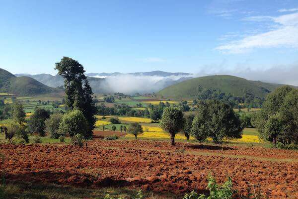 Kalaw to Inle Trek scenery