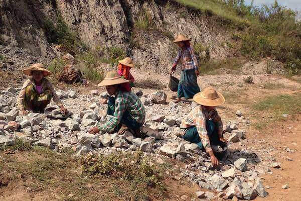 women working in Myanmar Kalaw